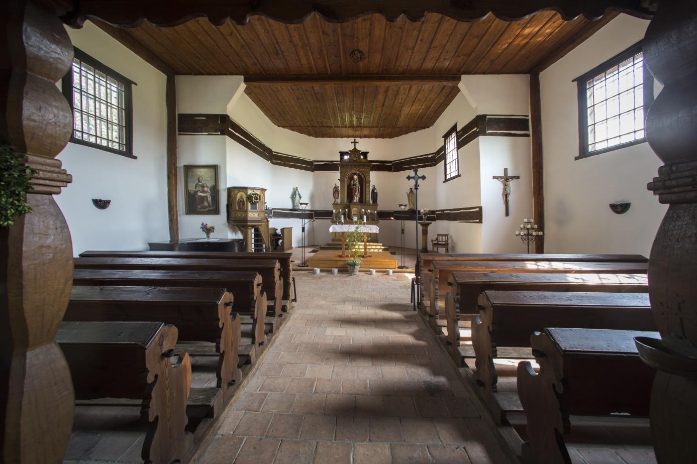 Interier_kostela